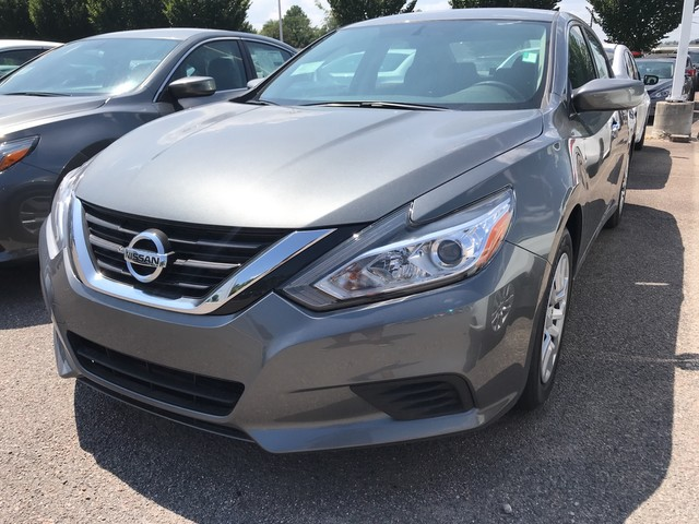 ... Front Wheel Drive Sedan. New 2018 Nissan Altima 2.5 S Sedan